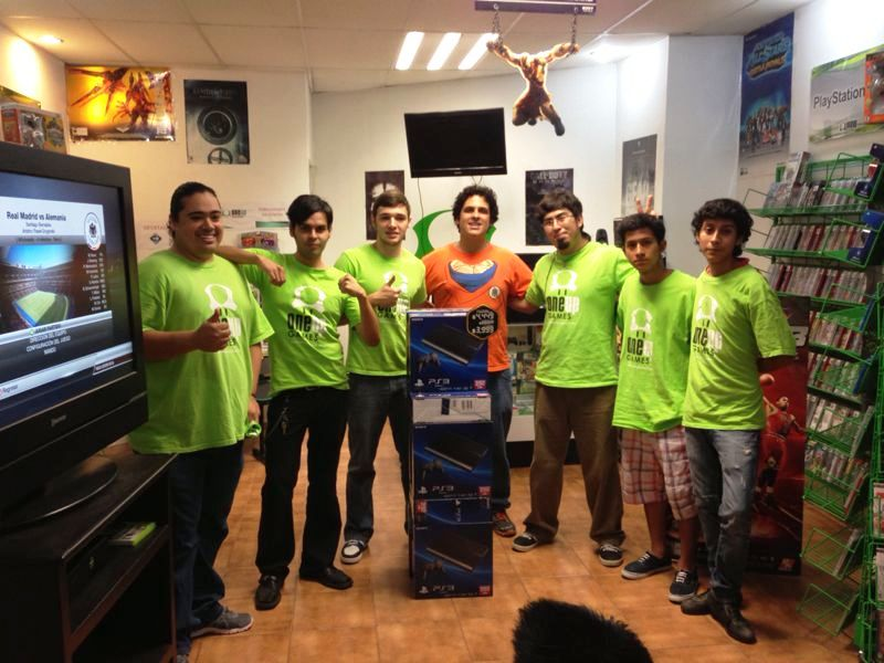 equipo-One-Up-Games1